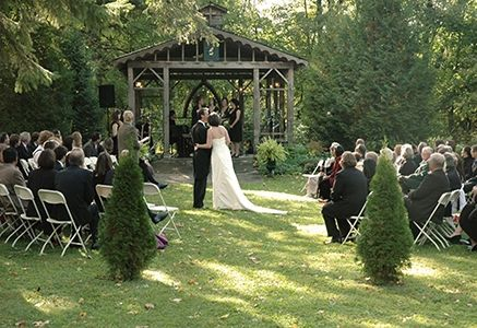 Sir William Mackenzie Inn Wedding Venue | hitched.ca