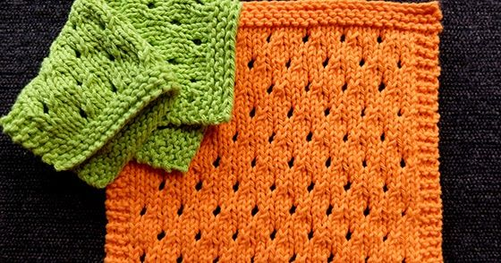 Simple Staggered Eyelets Dishcloth. It is a easy pattern for lace beginners. The material used is Lily Sugar 'n Cream yarn.
