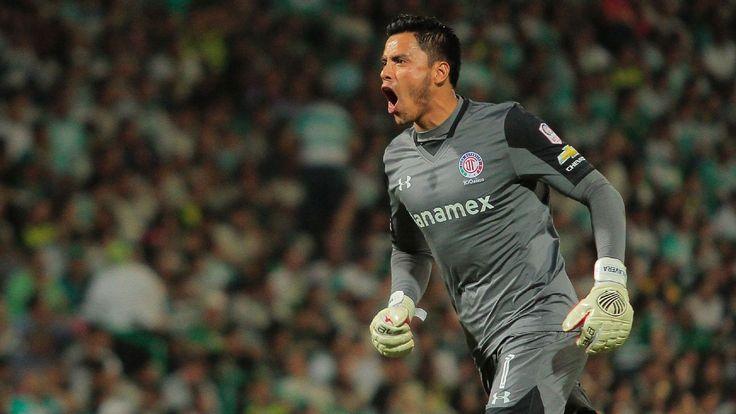 Alfredo Talavera's injury leaves Mexico's backup keeper job wide open