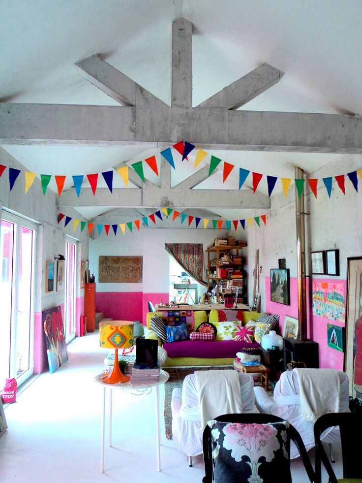 I don't think I will ever get sick of bunting :) {Graca Paz Portugal}