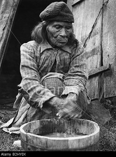 Chile, people, indigenous people, Yamana (Yaghan), old woman outside of his hut, last true Indian, Isla Nava