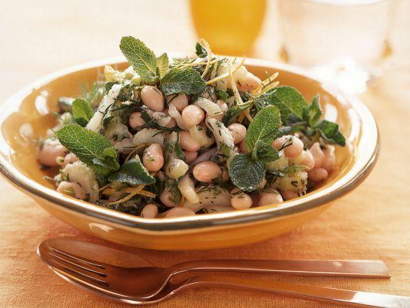 Orientalischer Bohnensalat mit Minze ist ein Rezept mit frischen Zutaten aus der Kategorie Gemüsesalat. Probieren Sie dieses und weitere Rezepte von EAT SMARTER!