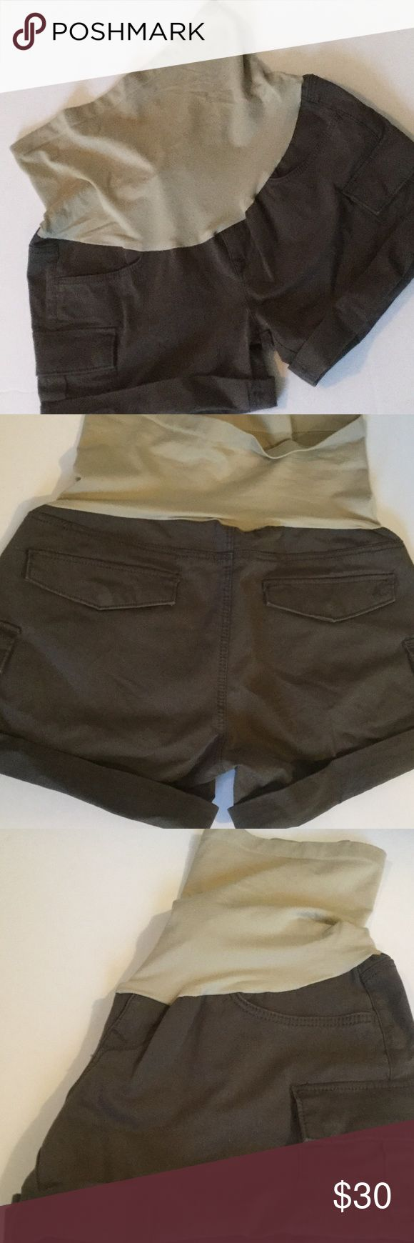 A pea in the pod Mavi shorts Super soft maternity shorts, secret fit belly, excellent condition, cargo side pockets w snap closure. Worn once. 98% cotton. Mavi. XS. A Pea in the Pod Shorts Cargos