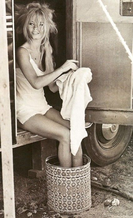 Brigitte Bardot, elle était quand même jolie !! Je dirais même plus ! Très belle !!!