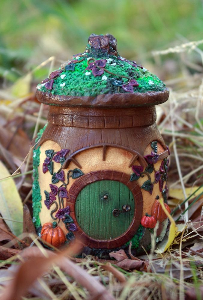 tiny hobbit house from polymer clay