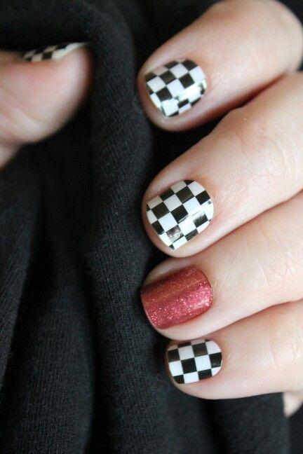 Nascar nails!  #jamberrynails #jamberry #nailart #checkeredflag #nascar
