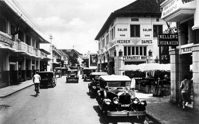 Bragaweg or Jalan Braga in 1920s - 1930s