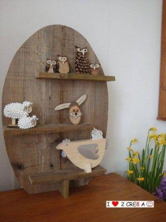 etagère(wand-)bord in ei-vorm van pallethout. (zonder decoratie)