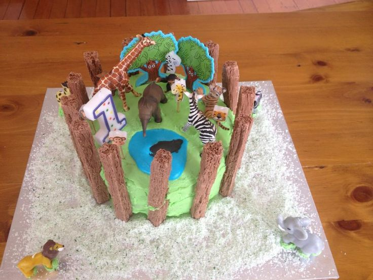 My youngest's first birthday - a jungle theme - chocolate buttermilk cake with cream cheese frosting.