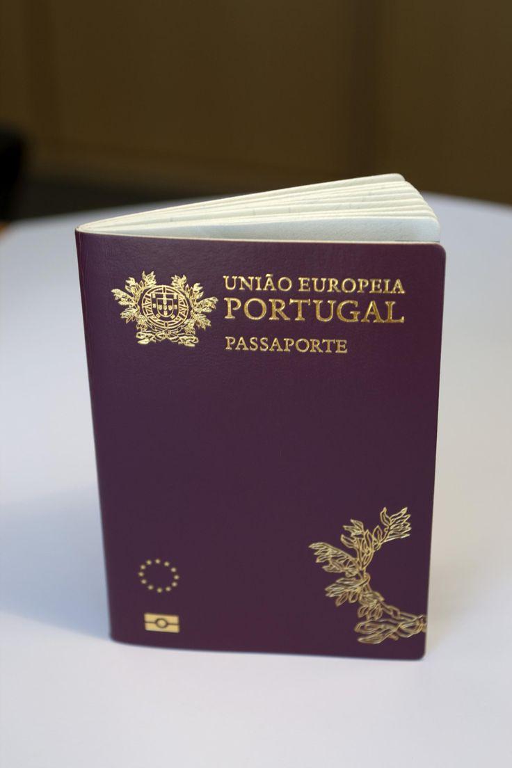 PSD fez propostas a pensar nos emigrantes que nascem no estrangeiro e não são portugueses. Bloco de Esquerda defende que filhos de imigrantes nascidos em Portugal deveriam ter nacionalidade portuguesa automaticamente.