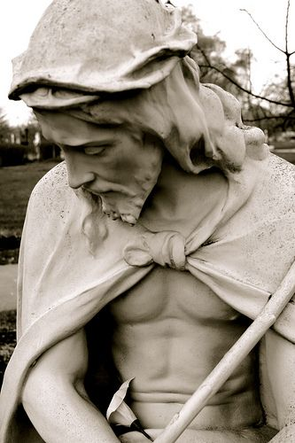 jesus sculpture | The Sorrowful Christ, a statue at the Our Lady of Fatima Shrine ...