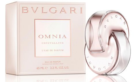 Omnia Crystalline L'Eau de Parfum is a sparkling new fragrance that casts its rays on the Bulgari world. A velvety and textured fragrance that glows like a gem with the clarity of a crystal revealing a modern sensuality.