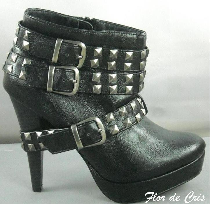 Flor de Cris: Novo modelo de Ankle Boot com Tachas