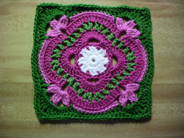 """Ravelry: Project Gallery for The Longing Light of Evening 9"""" and 12"""" Block pattern by Shan Sevcik"""