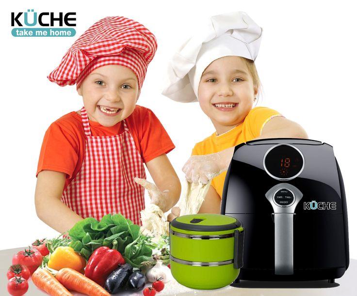 Kuche Air Fryer ( Mesin Penggoreng ) Anda yang suka masak-memasak pasti akan terbantu dengan Kuche Air Fryer Digital. Mesin penggoreng ini dapat menggoreng aneka makanan tanpa minyak, lebih praktis, dan lebih sehat.  Kuche Air Fryer adalah alat 'ajaib' yang harus ada di dalam dapur rumah Anda. Memiliki teknologi terbaru, membuat Anda dapat menggoreng tanpa menggunakan minyak! Teknologinya mengkombinasikan sirkulasi udara berkecepatan tinggi, dengan pemanas atas.