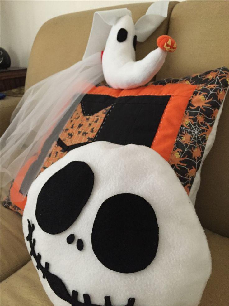 The nightmare before Christmas #hausnizzagt #handmadeforhome #zero #jackskellington #cushions #halloweendecoration