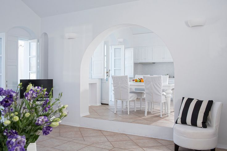 Elegant, airy and spacious, the Canaves Oia Villa will make you feel right at home!