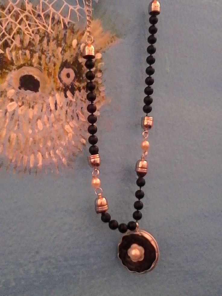 collana con perle di riuso e cialde caffè