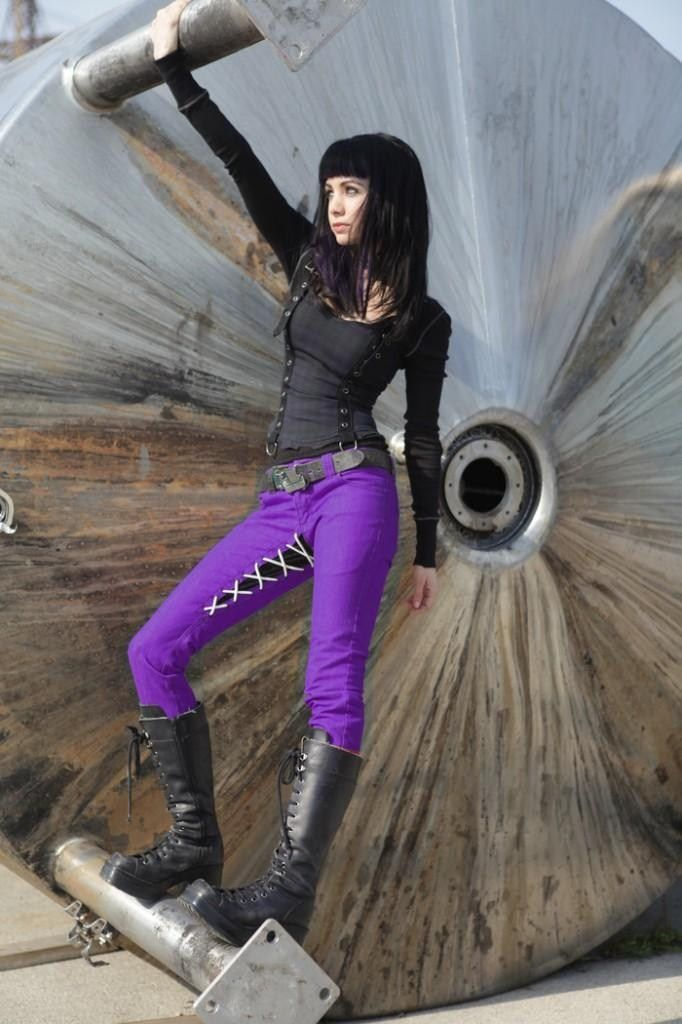 Ksenia Solo/Kenzi from Lost girl's style is fantabilisimo!!!