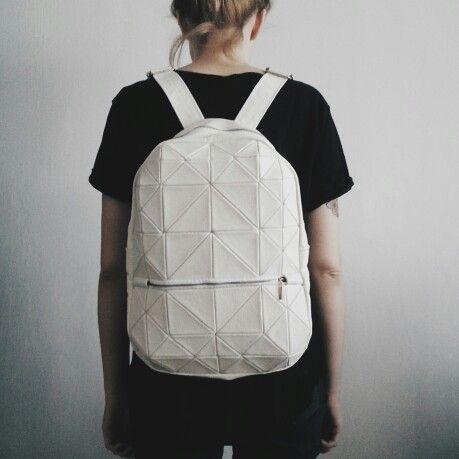 Kosiniec - white leather geometric backpack