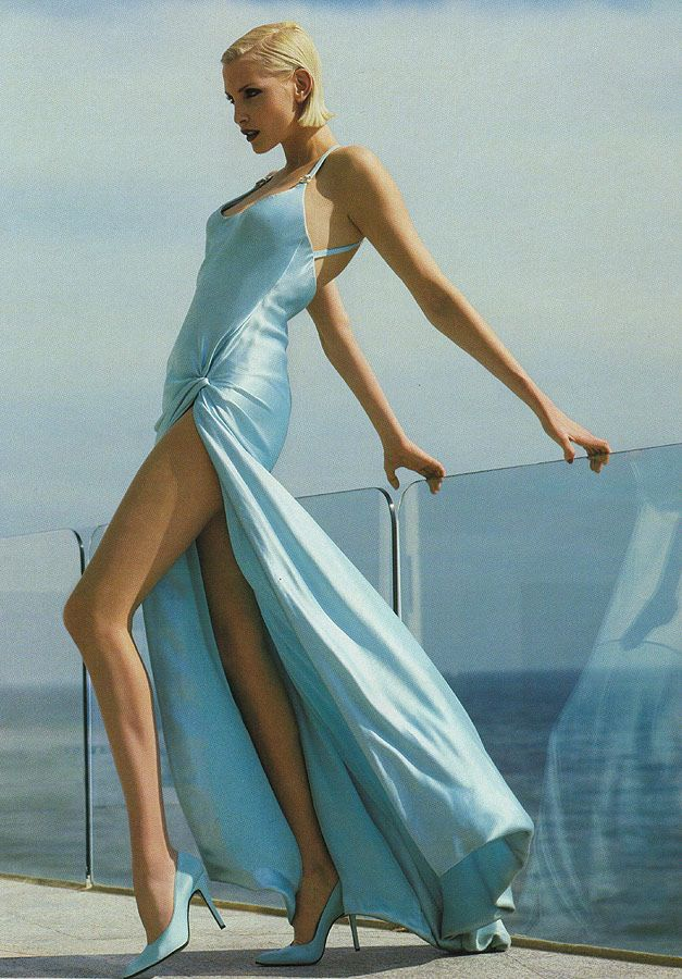 Nadja Auermann- one of my favorite Vogue pics. This is from 95' or 96' if I'm not mistaken.