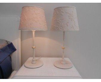 Oltre 25 fantastiche idee su lampade da camera da letto su - Abat jour camera da letto ...