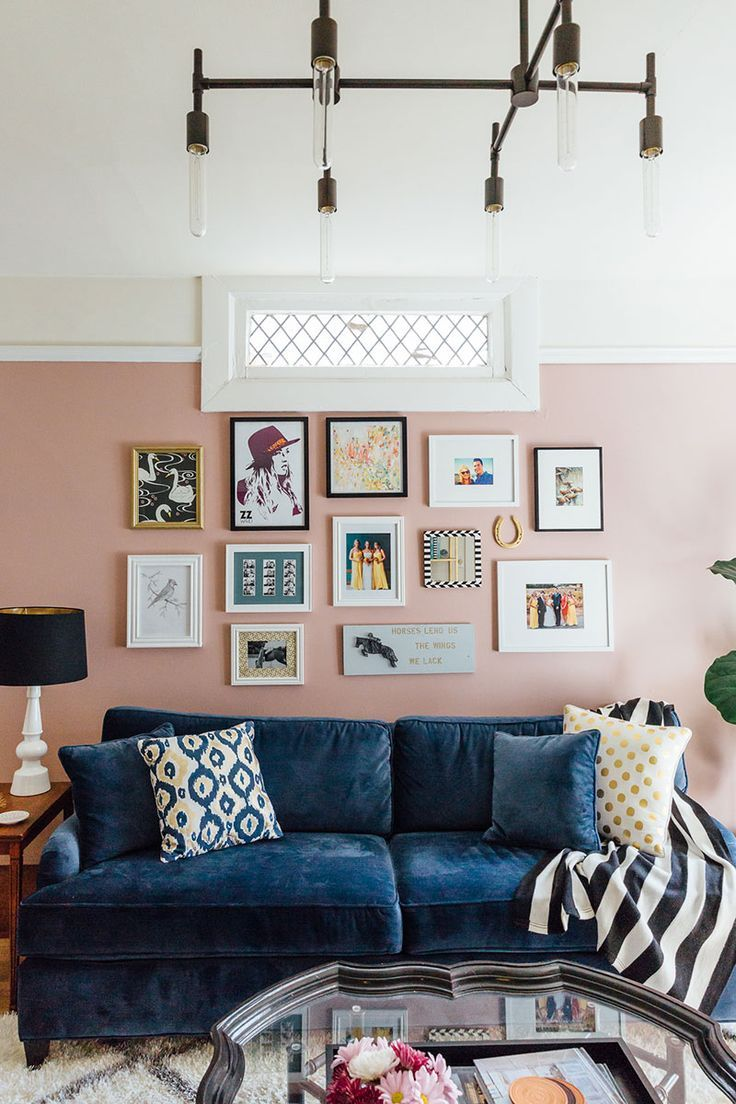 blue velvet sofa || blush pink walls