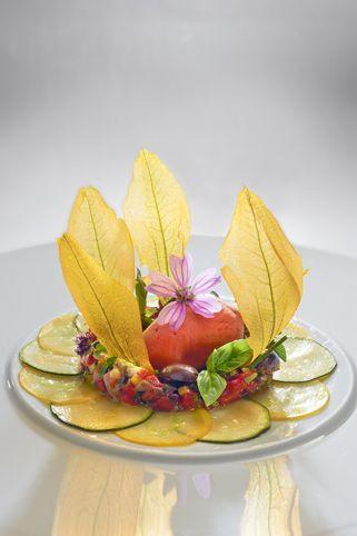 Auberge du Vieux Puits, le restaurant de l'empereur du trompe l'œil. Le Grand Chef Gilles Goujon.Retrouvez l'intégralité de l'article sur ce grand Chef sur notre blog