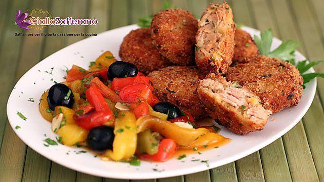 Polpette di tonno e ricotta con insalata di peperoni