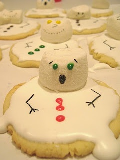 Melting Snowman Cookies - I'm SO making these for my kids, I can already hear the giggles