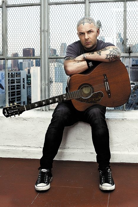 <3 me some Tim Armstrong, and LOVE they finally made a guitar series for him! Wish list!