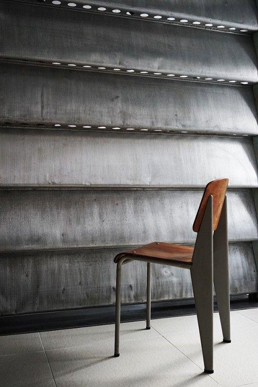 JEAN PROUVÉ, Aluminium sun-shutter, 1964 and Standard chair, ca.1950. / Sign Tokyo
