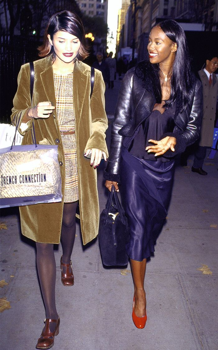1137 Best 90 39 S Supermodels Images On Pinterest 1990s 90s Fashion And Fashion Show