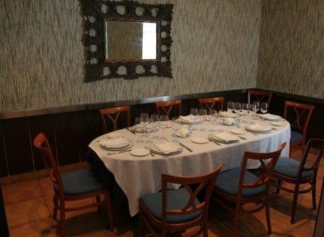 Front page - Restaurante Hogar del Pescador. En Villajoyosa. Lo tengo q probar. Recomiendan sus chipirones y ensalada de rape con gambas.