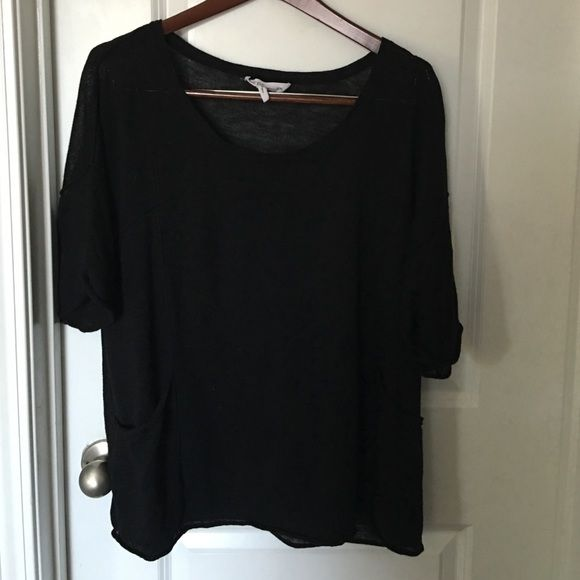 BCBG oversized top This looks so cute worn with shorts or skinny jeans! Slouchy oversized fit. You would have to wear a camisole or bralette underneath! BCBG Tops