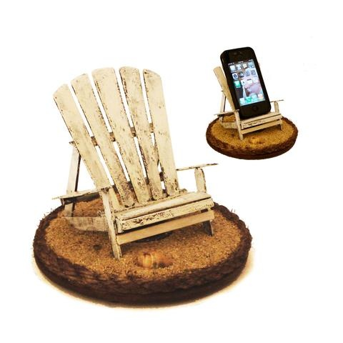 Ok...this iBeach iphone stand is just way too cute. I have to have this for my office!