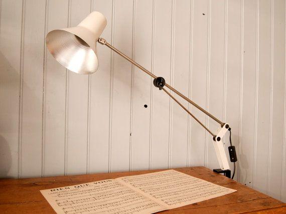 Lampe de bureau articulée vintage Ancienne par BoutsdArtsVintage