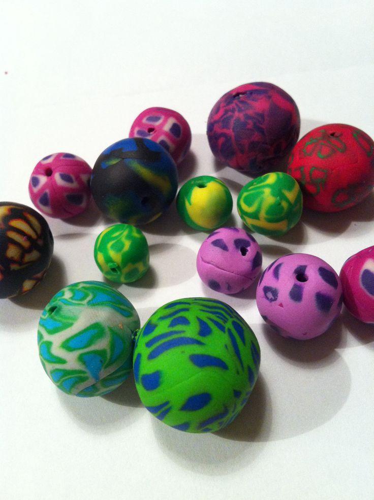 Mer kulor av Fimo-lera.