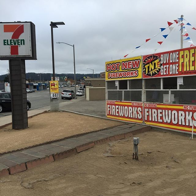 Come support us tomorrow through 4th of July, Buy fireworks 💥 and support @mbslsoccer stand located 1391 Fremont Blvd, Seaside Ca 93955 on 711 parking lot across from autozone. Hope to see everyone there! Have a safe and happy 4th of July  Hours are:  6/28 5-9:30 6/29 5-9:30  6/30 10-9:30 7/1  9-9:30 7/2  9-9:30 7/3  9-9:30 7/4  9-9:30  #fireworks #4thofjuly #bbq #soccer #montereybay #soccergame #soccerball #soccerlife #soccerstars #soccerkids #montereybaylocals - posted by Monterey Bay…