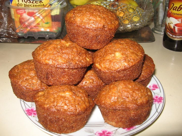 Tomek gotuje: Muffiny jabłkowo-cynamonowe / Tom cooks: Apple and cinnamon muffins