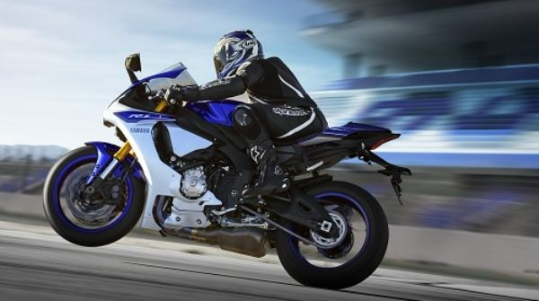 Yamaha YZF R1 Motor Tercepat di Dunia