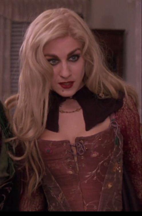 hocus pocus sarah sanderson sarah jessica parker costume corset details sarah sanderson hocus pocus pinterest hocus pocus costumes and