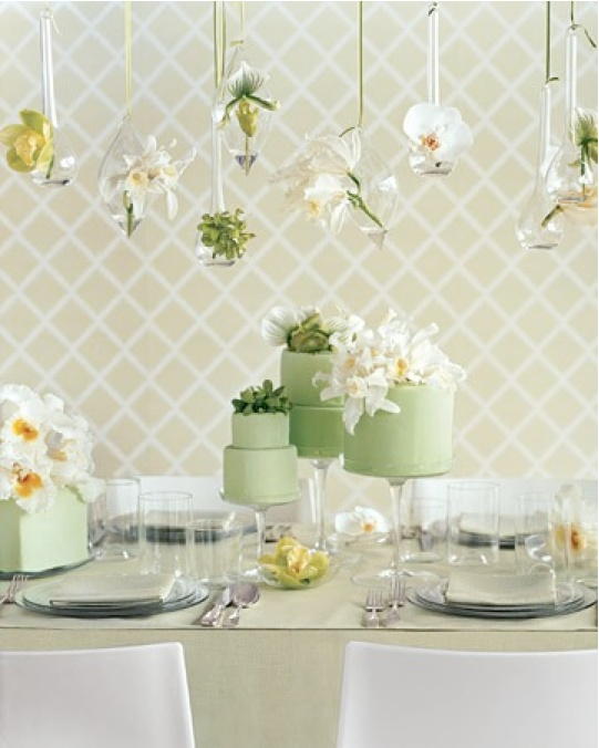 I'd want a hanging gardens display like this at the dessert table #CleverFlowers