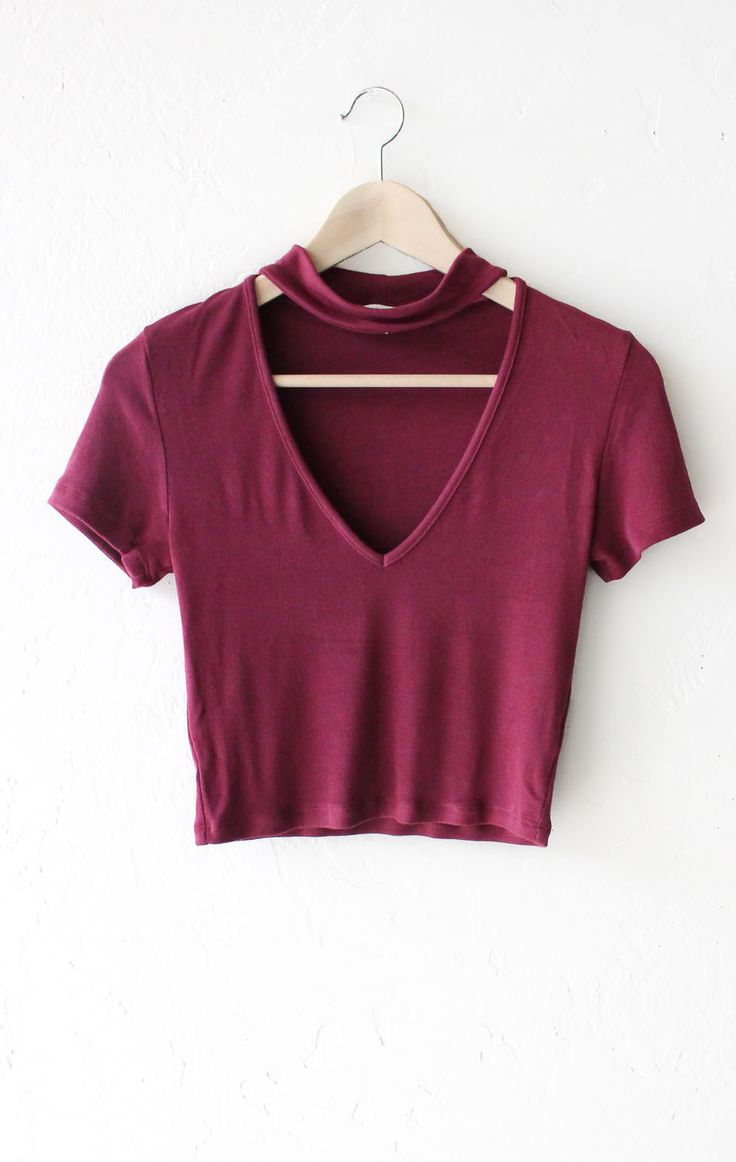 - Description Details: Super cute short sleeve crop top in burgundy with deep v-neck & choker mock neck strap. Form fitting, tend to run on the smaller side & are more fitted. Measurements: (Size Guid