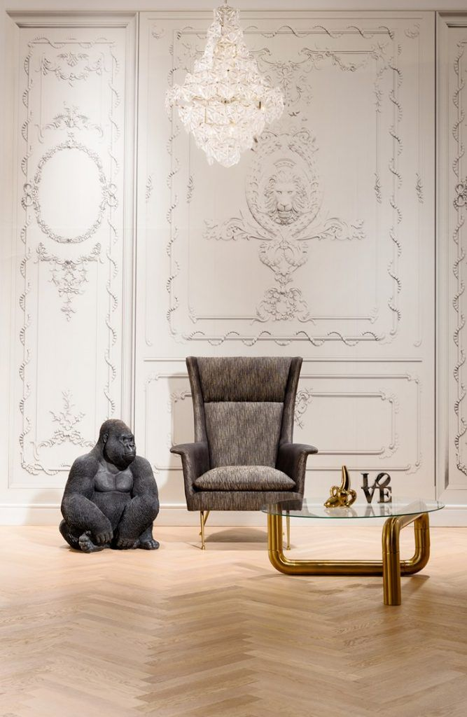 KARE Design Trends na IMM Cologne. Essa feira mostra as mais fortes tendências em design de mobiliário, iluminação e acessórios de decoração. Veja lá no blog o post que eu fiz com alguns dos high lights da feira este ano: https://goo.gl/JcwtB7