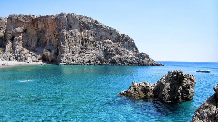 Agiofarago. Πατήστε για να δείτε την εικόνα Βουτιά από τους βράχους και τέλειος βυθός!
