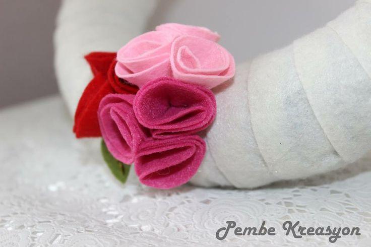 Pembe Kreasyon, keçe çiçek yapımı, keçe şablon, keçe pattern, felt on flower
