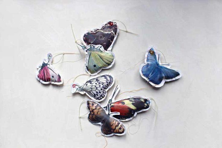 Broche vlinder zwart/wit - Lab 71 - BijzonderMOOI* - Dutch design