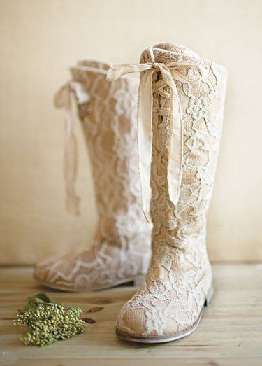 Girls Couture Vintage Lace Tall Boot Are you stinkin kidding me???? LOVE LOVE