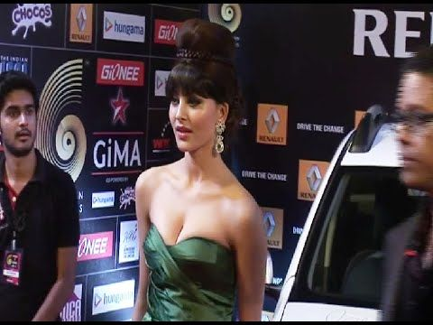 CHECKOUT OMG ! Urvashi Rautela in a tight REVEALING tube gown at GIMA Awards 2015. See the video at : http://youtu.be/uGg6q7lgZq0 #urvashirautela #bollywood #bollywoodnews